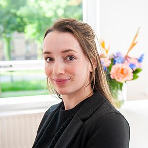 lisanne-de-bruin-apothekersassistente-de-nederlandse-farmaceutische-support